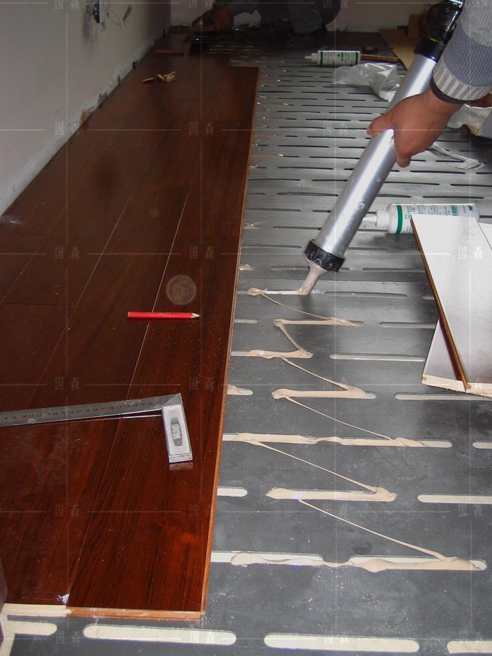 感谢:冯先生拍照位于杭州柚木地板的居家-用国森柚木地板品牌安装