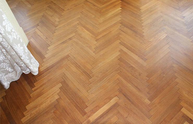 缅甸柚木木蜡油人字拼地板